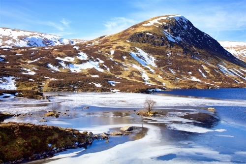 Icy Loch Skeen by Keith Snell