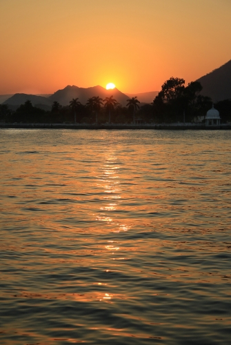 Udaipur Sunset by Marilyn Woodthorpe